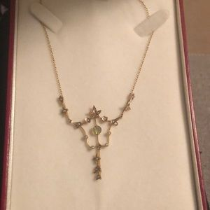 Antique Pearl and Peridot Lavalier necklace